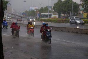 Thời tiết ngày 29/4: Miền Bắc nắng nóng, miền Nam mưa dông