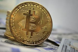 Đầu tuần mới, giá Bitcoin đi xuống