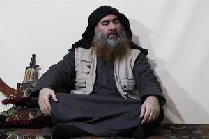Thủ lĩnh tối cao IS thừa nhận thua cuộc khi tái xuất sau 5 năm 'mất tích'