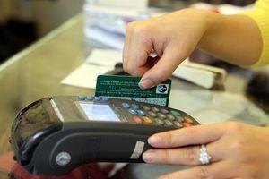 Áp lực chuyển đổi thẻ từ sang thẻ chip