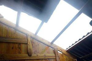 Yên Bái: Hơn 200 ngôi nhà tại Trấn Yên bị hư hỏng, tốc mái do mưa lốc