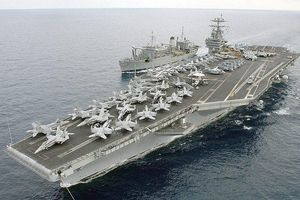 Mỹ đưa 2 cụm tàu sân bay vào Địa Trung Hải, Iran tung video cảnh báo