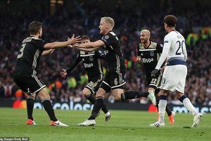 Hạ Tottenham ngay tại London, Ajax viết tiếp chuyện thần tiên