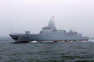Uy lực đáng sợ của khu trục hạm mạnh nhất thế giới Type 055 Trung Quốc