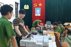 Tịch thu lô hàng 'khủng' máy hút thuốc lá điện tử ở Huế