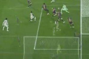 CĐV Barca: 'Salah còn cách Messi hàng triệu năm ánh sáng'