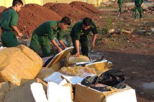 BĐBP Quảng Trị tiêu hủy hơn 1 tấn thịt gia cầm nhập lậu