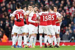 Arsenal đấu Valencia: Kẻ khốn gặp người khó