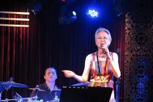 Con gái Phạm Duy làm đêm nhạc chia tay khán giả Việt Nam trở về Mỹ