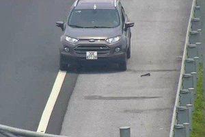 Trát phạt nặng cho tài xế liều lĩnh chạy xe ngược chiều trên cao tốc Hải Phòng