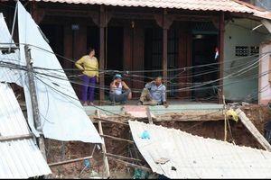 Cần Thơ chỉ đạo gì sau vụ sạt lở công trình bờ kè, 11 nhà dân bị ảnh hưởng?