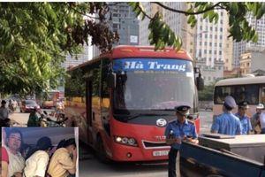 Hà Nội: Xe khách 29 chỗ hết hạn đăng kiểm, nhồi nhét đến 70 người
