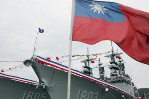 'Lập lờ' tàu Mỹ tại Eo Đài Loan và phản ứng 'nương theo' từ Bắc Kinh