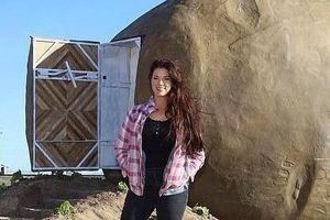 Bỏ 200 USD để nghỉ ngơi trong 'củ khoai tây khổng lồ' lạ lùng ở Mỹ