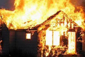 Bà chủ tiệm tạp hóa chết trong căn nhà cháy