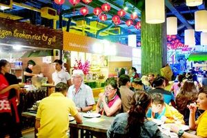 Chợ dưới lòng đất giữa trung tâm TP HCM tiếp tục hoạt động