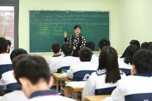 Đừng để giáo viên hợp đồng lâu năm không được tuyển dụng