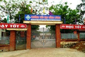 Bộ trưởng Phùng Xuân Nhạ gửi lời chia sẻ với GV, HS trong vụ nam thanh niên xông vào trường học