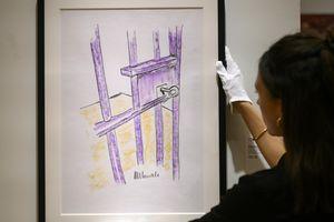 Hơn 112.000 USD cho tranh màu sáp vẽ cửa phòng giam của Nelson Mandela
