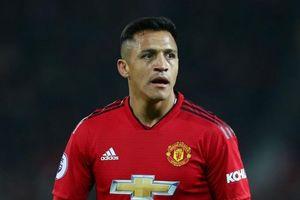 Man Utd cắn răng chi đậm để 'tiễn' Sanchez