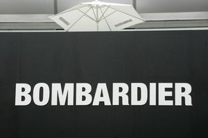 Bombardier của Canada cho biết sẽ bán nhà máy hàng không vũ trụ ở Belfast