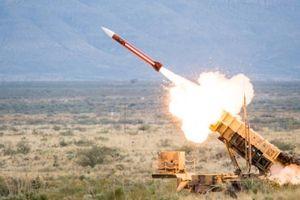 Mỹ ký nhiều hợp đồng tên lửa sau khi quyết định rời INF