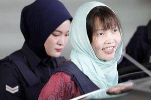 Ngay sau khi được trả tự do, Đoàn Thị Hương làm thủ tục về Việt Nam