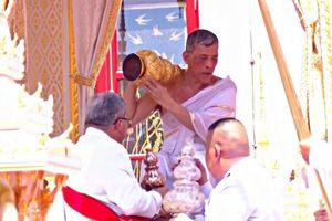 Thái Lan tổ chức lễ lên ngôi cho vua Rama X