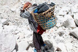 Chiến dịch thu dọn rác thải và thi thể trên đường lên đỉnh Everest
