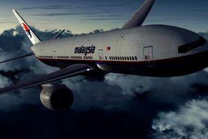 Máy bay MH370 bị 'không tặc' can thiệp vào bảng điều khiển trước khi mất tích bí ẩn?