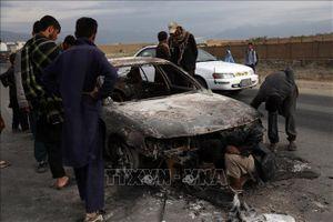 Taliban đánh bom xe nhằm vào lực lượng an ninh Afghanistan