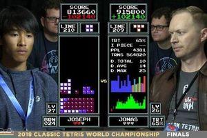 Clip: Pha lật kèo đỉnh cao trong chung kết game xếp hình thế giới