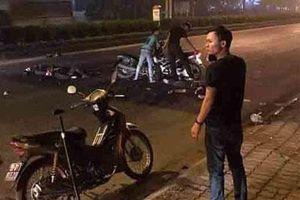 Hà Nội: Xe máy kẹp 3 tông thẳng xe cảnh sát, một Đại úy công an tử vong
