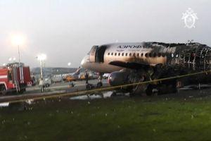 Cơ trưởng nói gì về thảm kịch máy bay chở khách Nga?