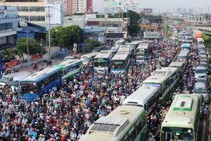 Tiếp tục kéo giảm TNGT và khắc phục ùn tắc giao thông