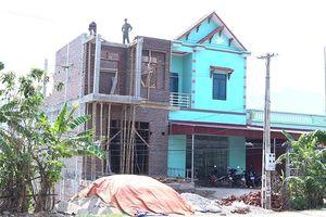 Phù Yên - Sơn La: Nhan nhản công trình vi phạm trật tự xây dựng, Chính quyền bất lực?