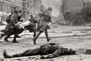 Thiệt hại kinh hoàng của Liên Xô trong trận chiến cuối cùng ở Berlin