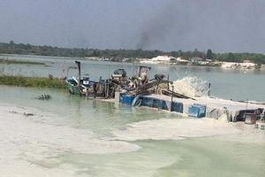 Bộ ra lệnh đóng cửa mỏ, 'cát tặc' vẫn lộng hành trên hồ Dầu Tiếng