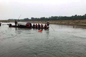 Rủ nhau tắm sông Mã, 4 học sinh lớp 7 đuối nước thương tâm