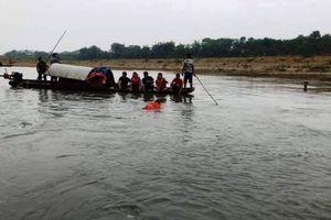 Rủ nhau ra sông Mã tắm, 4 học sinh đuối nước thương tâm
