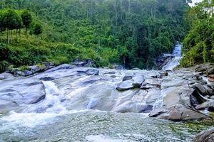 Nghệ An: Quần thể thác Bảy tầng Hạnh Dịch - Nét đẹp hoang sơ
