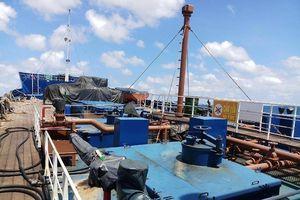 Biên phòng nổ súng dừng tàu chở dầu ở Bà Rịa - Vũng Tàu