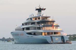 Siêu du thuyền 150 triệu USD ghé Cần Thơ