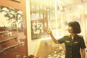 Cựu chiến binh bật khóc khi xem lại ký ức Điện Biên Phủ năm xưa