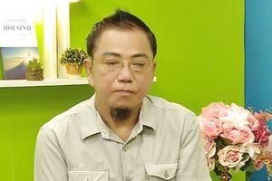 Nghệ sĩ hài Hồng Tơ bị bắt để điều tra hành vi đánh bạc