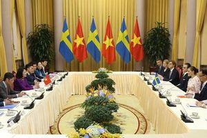 Phó Chủ tịch nước Đặng Thị Ngọc Thịnh hội đàm với Công chúa kế vị Thụy Điển