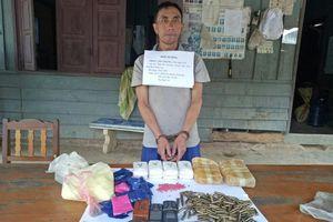 Đối tượng người Lào vận chuyển 12.000 viên ma túy tổng hợp bị bắt