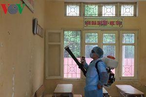 Hàng trăm giáo viên, học sinh trường dân tộc nội trú bị ốm bất thường