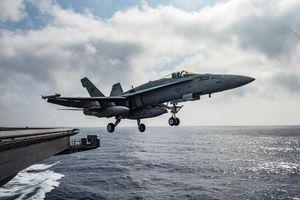 Uy lực nhóm tác chiến tàu sân bay Mỹ triển khai rầm rộ đối phó Iran