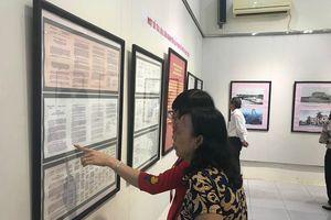 Hải Phòng: Triển lãm kỷ niệm 64 năm Ngày giải phóng Hải Phòng và Lễ hội Hoa Phượng Đỏ